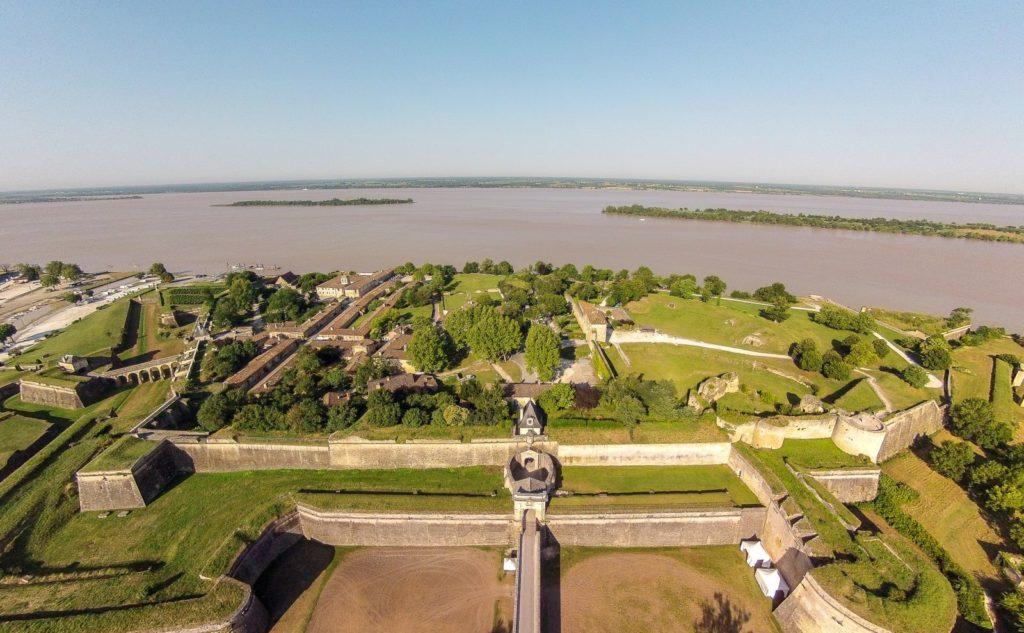 Vue aérienne de la citadelle de Blaye